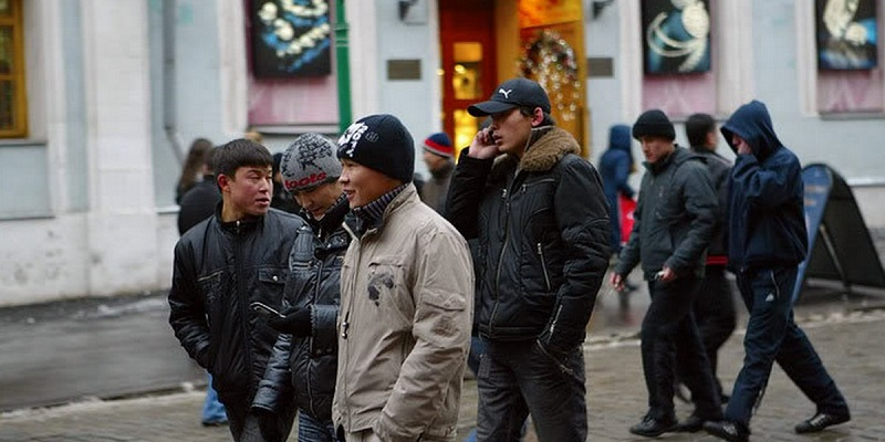 Иностранные активисты обратились к Медведеву с просьбой пересмотреть нормы по депортации ВИЧ-позитивных мигрантов